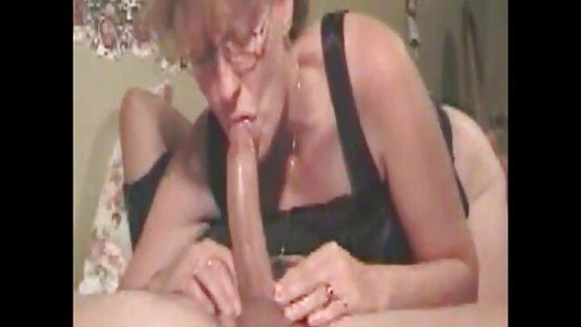 Լավագույն պոռնո առանց գրանցման  Shirley ցանկանում է ծովային հետեւակային. ասիական ընտանիք սեքս տեսանյութեր
