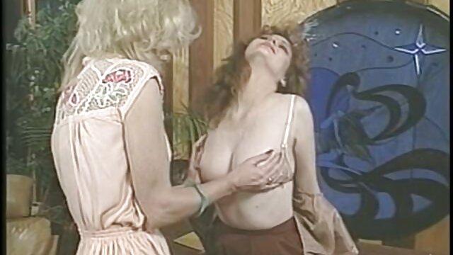 Լավագույն պոռնո առանց գրանցման  Սեքսը նրան թարս է տալիս այն բանից հետո, երբ BBC-ն քայքայում ասիական պոռնո ըմբշամարտի է քիփը ։