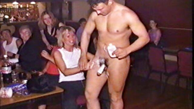 Լավագույն պոռնո առանց գրանցման  Սակուրայի Pussy. ասիական աղախին սեքս