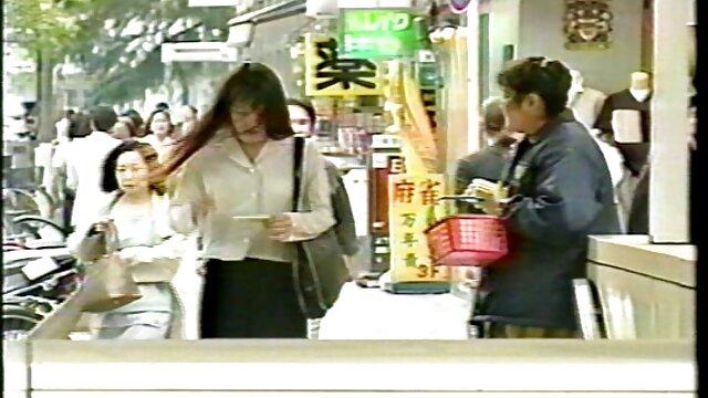 Լավագույն պոռնո առանց գրանցման  Առաջին տեսահոլովակը ես չինական Մայրիկ արձանագրել, երբ ես 18.